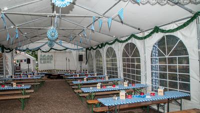 Oktoberfest-05-09-15(688) als Smartobjekt-1